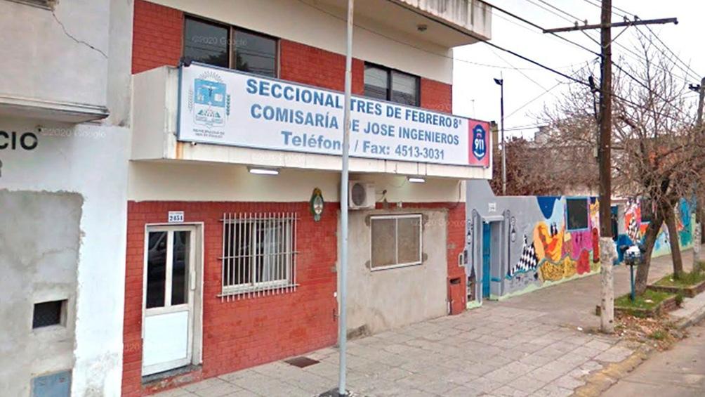 La Comisaría 8va. de José Ingenieros, en el partido bonaerense de Tres de Febrero.