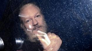 Caso Assange: No han conseguido matar al mensajero
