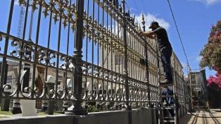 Restauran la protección del pino bajo el cual descansó San Martín tras la Batalla de San Lorenzo