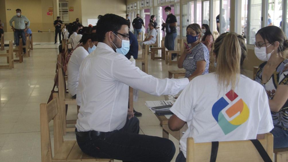 """""""Nos confirmaron que vamos a tener el segundo componente de las 24 mil que correspondieron a la Ciudad, que son exclusivamente para trabajadores de salud""""."""