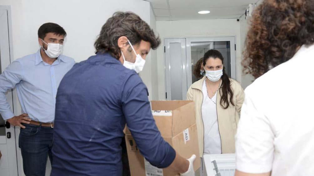 El Gobierno bonaerense envió al Municipio de Olavarría otras 450 unidades para continuar la vacunación.