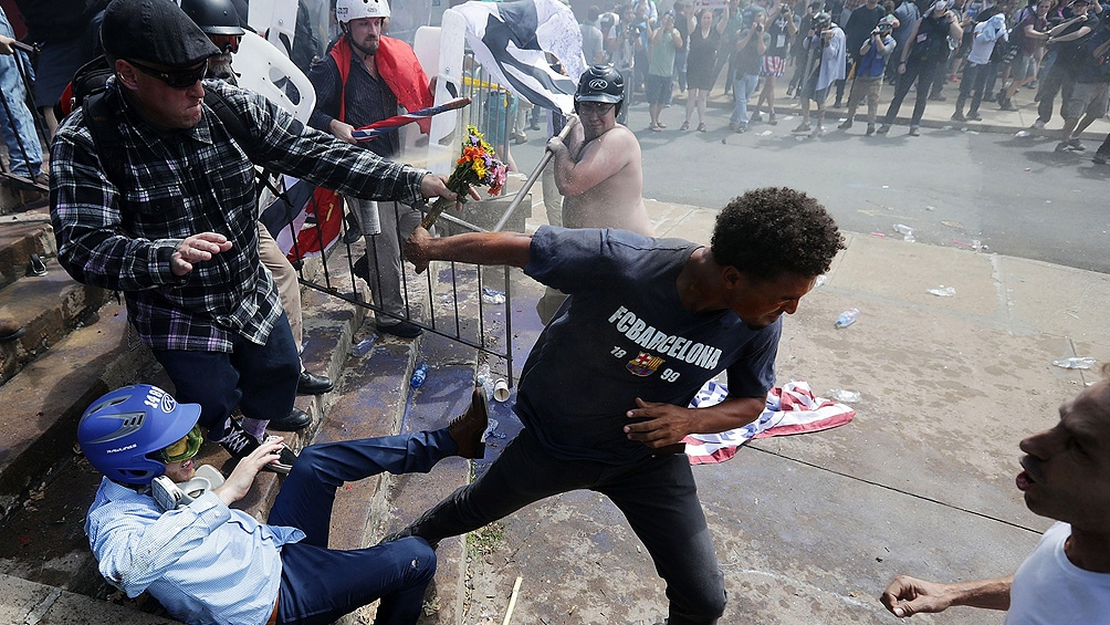 تعداد قربانیان خشونت آمریکا در ایالات متحده در سال 2020 به بیش از 19000 نفر افزایش یافته است.