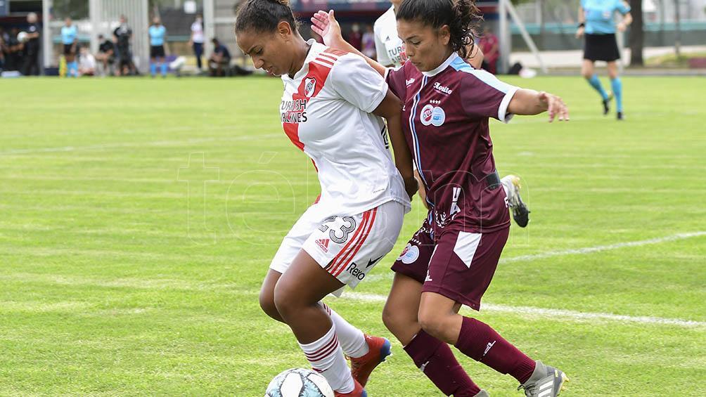 River le ganó a la UAI Urquiza en los penales y es el primer finalista del torneo femenino