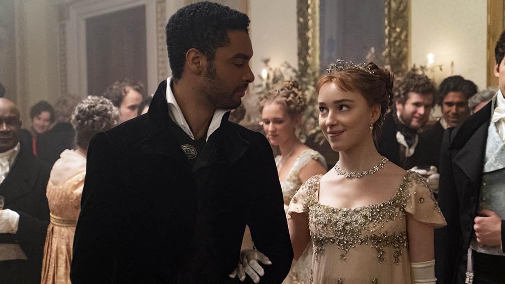 """Bridgerton"""" se suma a la lista de series que modifican la historia conocida al incluir elencos racialmente diversos"""