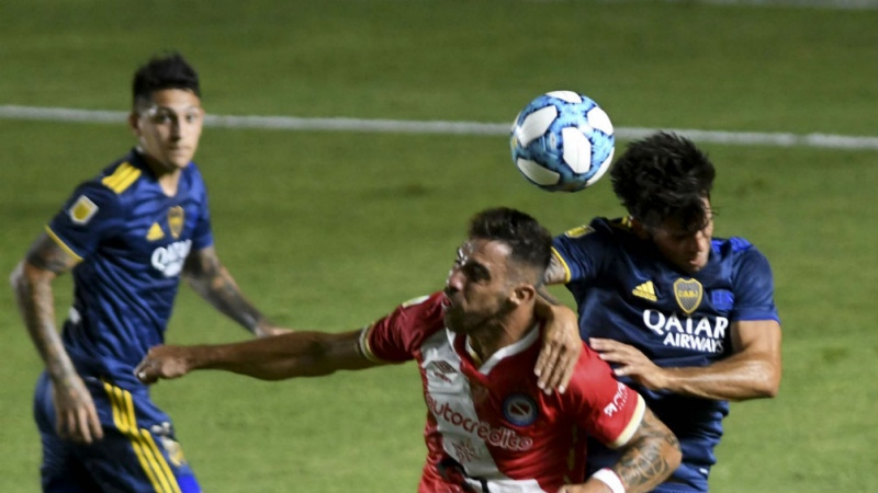 Boca empató con Argentinos y es finalista del certamen