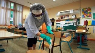 Cómo mantener la ventilación continua en el aula, según investigadores