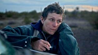 """""""Nomadland"""" se consagró como mejor película en los Globos de Oro"""