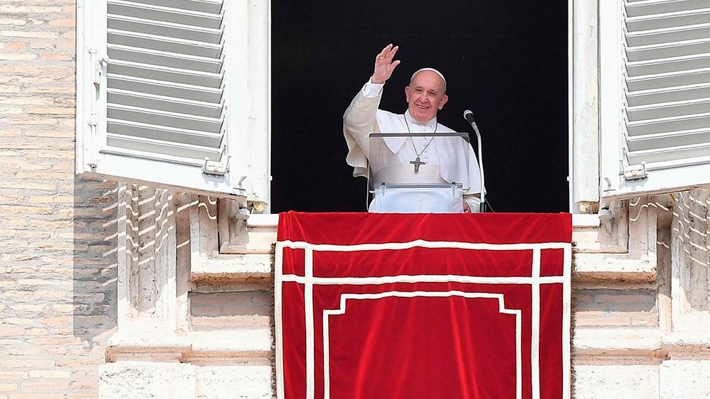 El Papa espera la vacunación para poder retomar sus viajes pastroales.