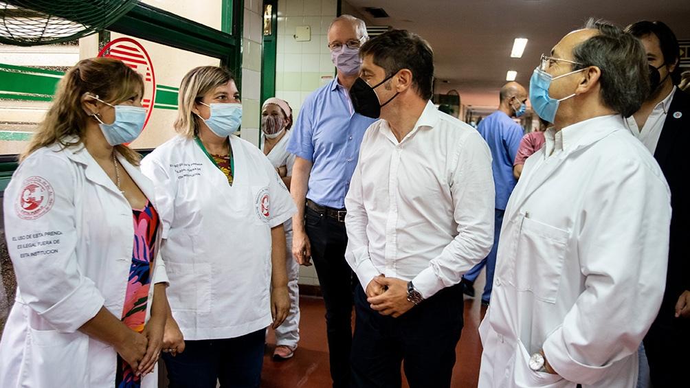 Elgobernador recorrió el hospital Evita Pueblo, de Berazategui, junto al ministro de Salud, Daniel Gollan, y al intendente Juan José Mussi.