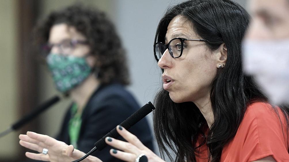 Paula Español aseguró que el listado incorpora artículos producidos por pymes.