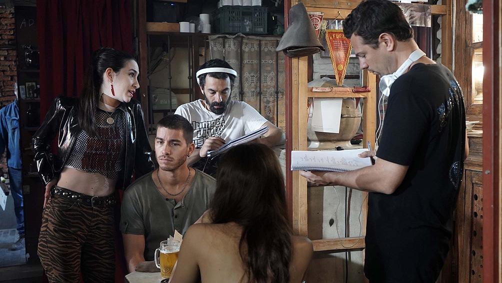 """Grieco (derecha), durante el rodaje de """"Existir""""."""