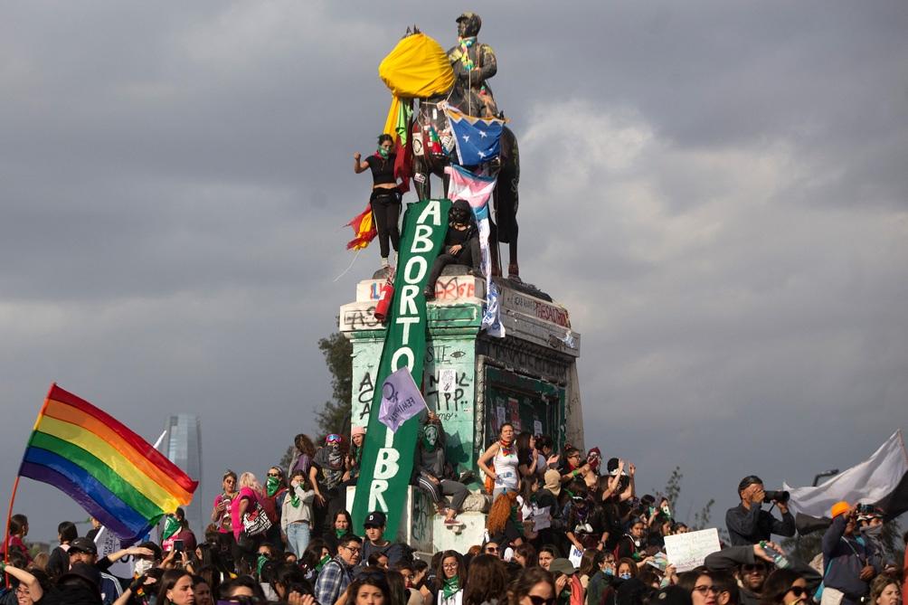 El Gobierno chileno adelantó que no apoya la iniciativa y el Tribunal Constitucional podría también impugnarla.