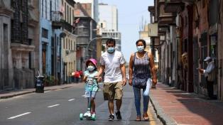 Perú reportó 10 semanas consecutivas de baja de contagios de coronavirus