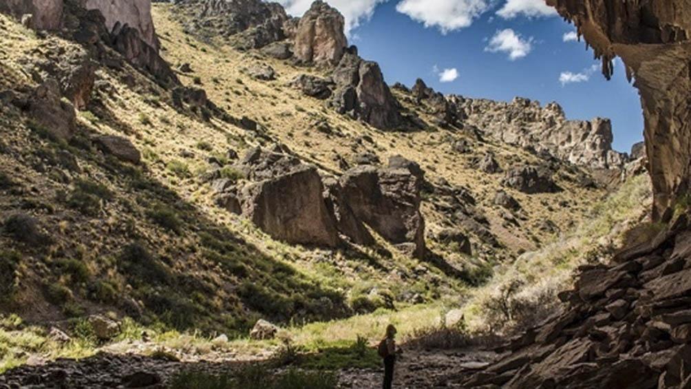 El acceso a los miradores, senderos, cañadones y circuitos señalizados del Parque Nacional es gratuito.