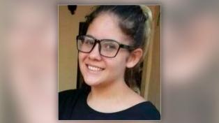 Buscan a una adolescente de 13 años que desapareció de su casa en La Plata