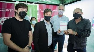 Kicillof instó a que la población se preinscriba para recibir la vacuna contra la Covid-19