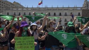 El Gobierno ratifica su oposición al aborto en pleno debate por la despenalización