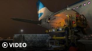 El vuelo de Aerolíneas que trae la segunda tanda de vacunas llegará antes del mediodía a Ezeiza