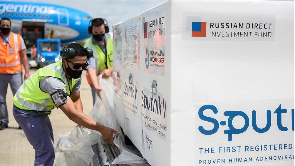 La carga de la vacuna Sputnik V, con un peso de ocho toneladas, fue transportada en la bodega del Airbus.