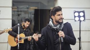 Maxi Pardo debuta en América con un programa de música y entrevistas