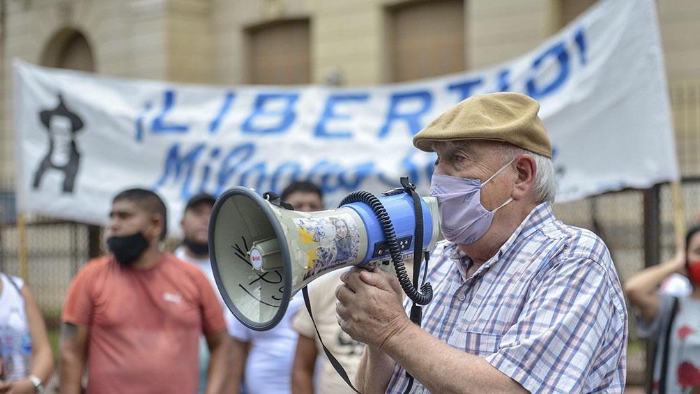 """Los manifestantes también exigieron la liberación de otros """"presos y presas políticas"""" en la provincia."""
