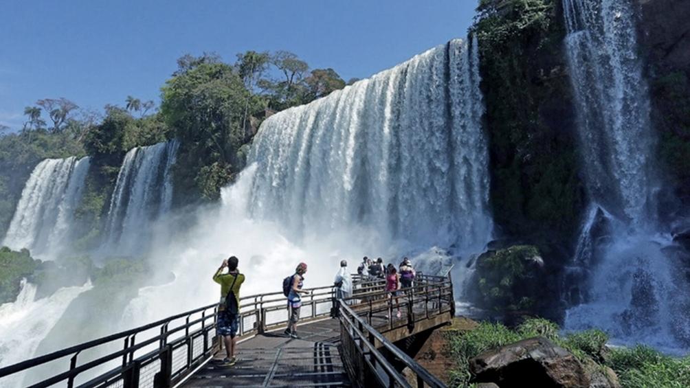 En Misiones no se exigirá más el hisopado o testeo a residentes argentinos.