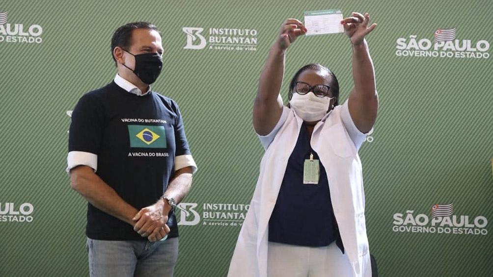 برزیل اولین واکسن خود را تأیید کرده و در حال انجام آن است.