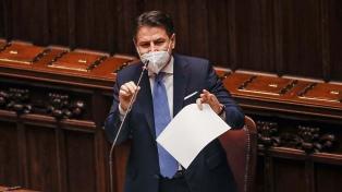 """Italia: Conte reúne al Gobierno para """"hacer más sólida"""" la coalición"""