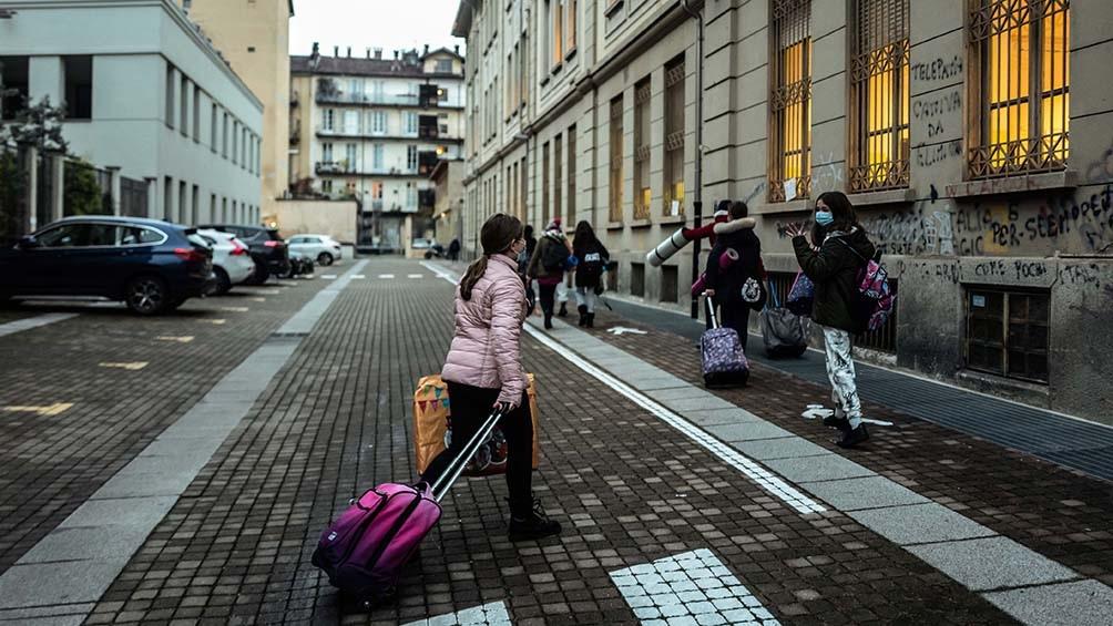 Italia flexibiliza medidas en 15 regiones y reabren los museos en casi todo el país