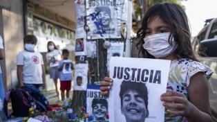 Realizan un acto frente al boliche en reclamo de prisión perpetua para los asesinos de Fernando