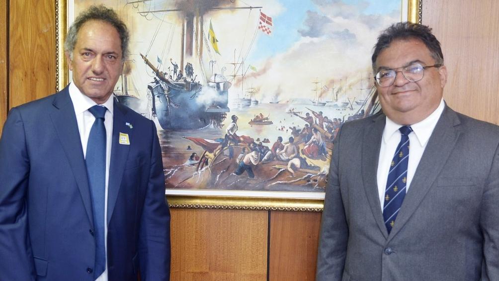 Scioli aseguró que la llegada del enviado de Bolsonaro