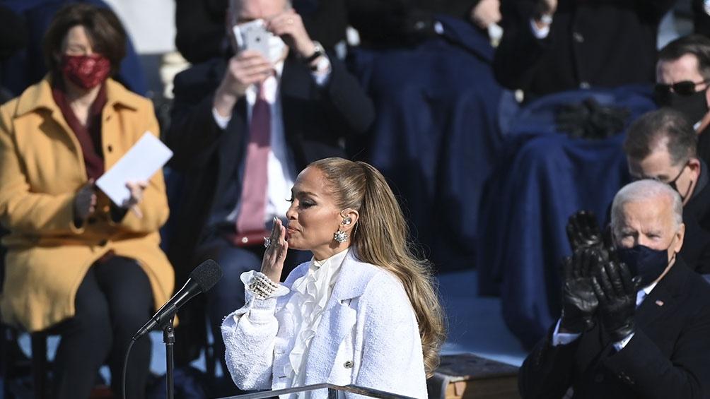 Jennifer López fue una de las animadoras de la jura
