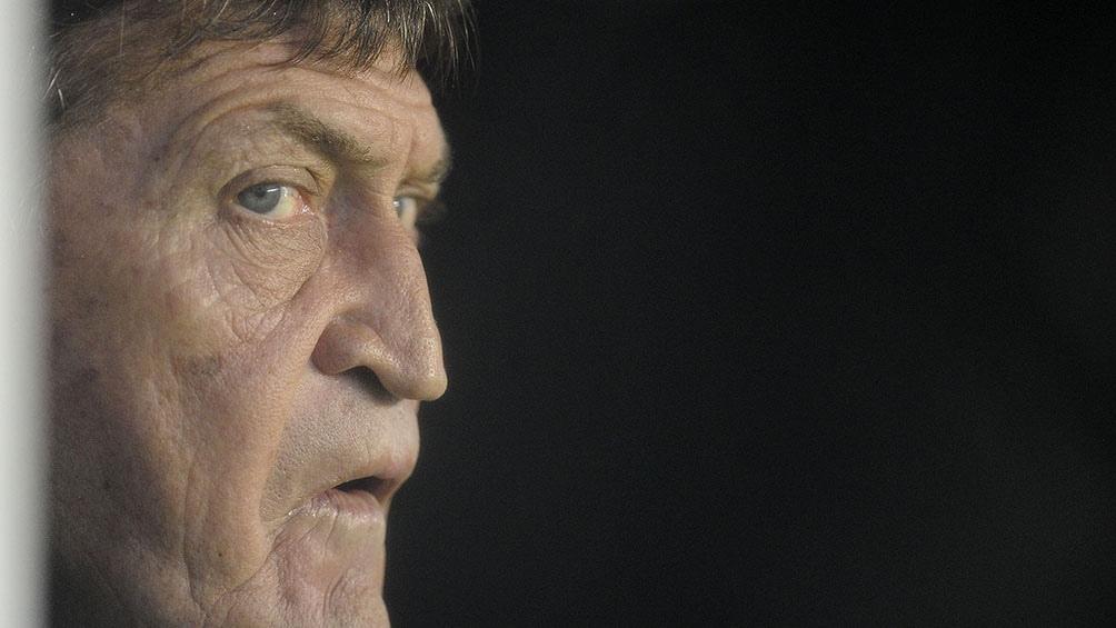 Falcioni llega para preparar al equipo para el reinicio de la Copa Diego Maradona que sería el 12 de febrero.