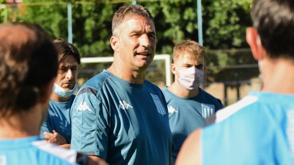 Pizzi llegó al club de Avellaneda en reemplazo del entrenador saliente Sebastian Beccacece.