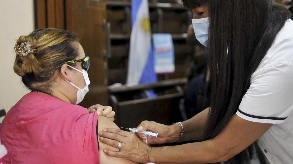 El lunes continúa el Plan Estratégico de Vacunación contra la Covid-19.