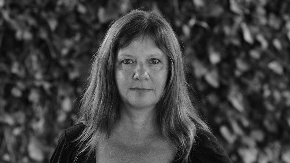 Alejandra Laurencich es escritora, editora y dicta talleres literarios.