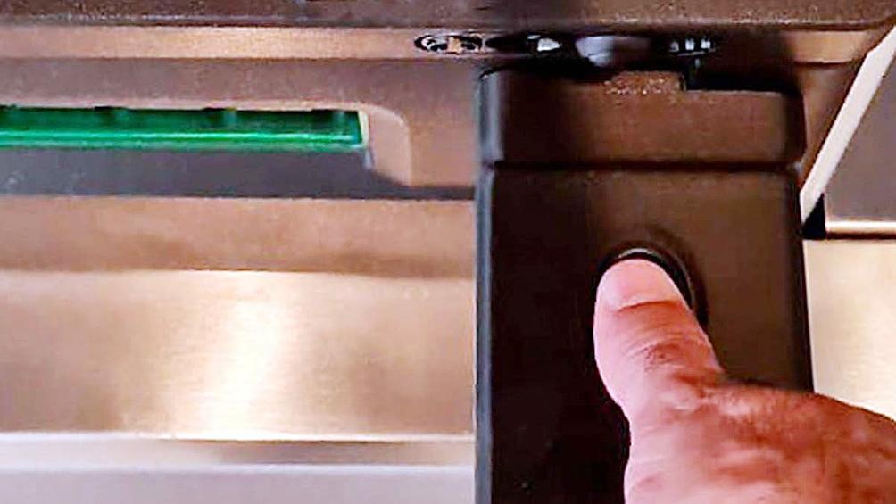 Los cajeros que cuentan con lectores biométricos habilitarán esta modalidad antes del 30 de junio de este año