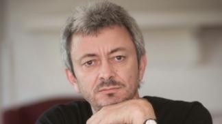 El escritor Carlos Gamerro.