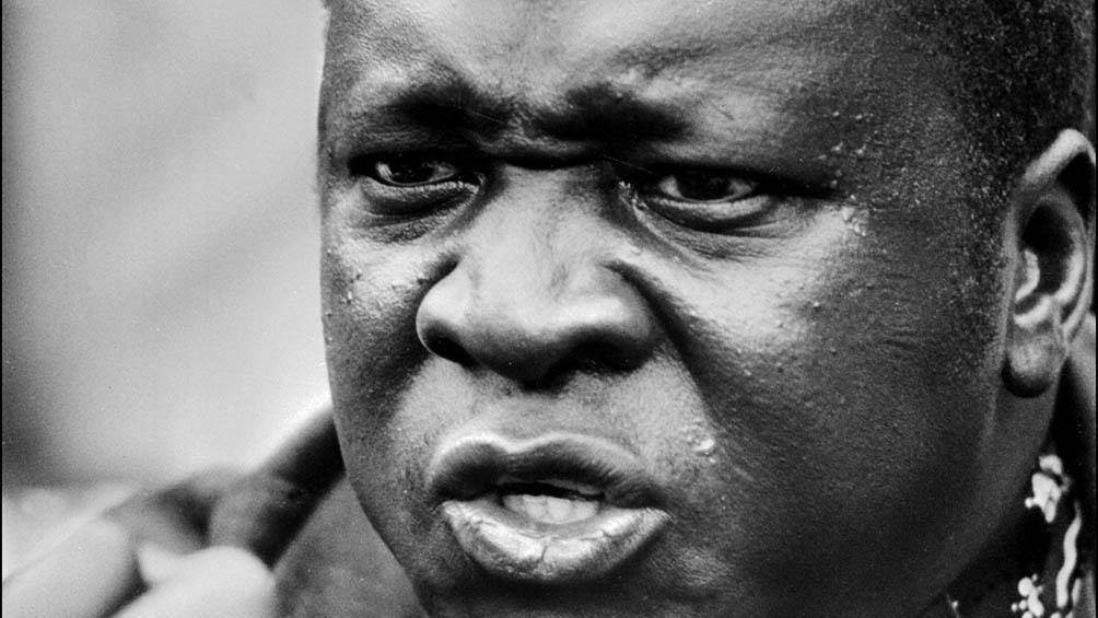 El 11 de abril de 1979, el frente Liberación Nacional de Uganda, formado por 18 grupos de exiliados y apoyado militarmente por Tanzania, derrocó a Amin.