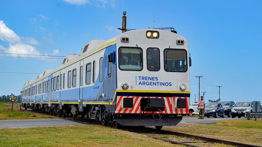 Se reanudó el servicio de trenes desde Constitución a Pinamar