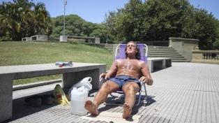 Sin probabilidad de lluvias, sigue el calor en la ciudad de Buenos Aires y alrededores