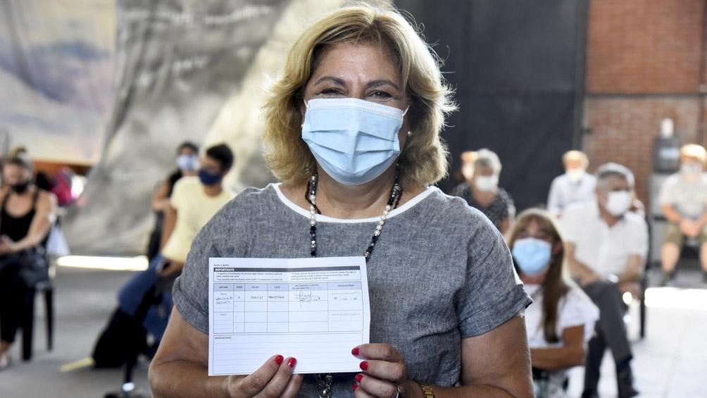 Argentina está entre los 20 países que recibieron más de 5 millones de  vacunas - Télam - Agencia Nacional de Noticias