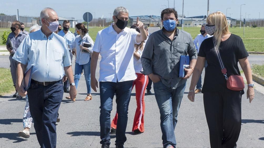 Losardo y Ferraresi recorrieron el Servicio penitenciario de Ezeiza