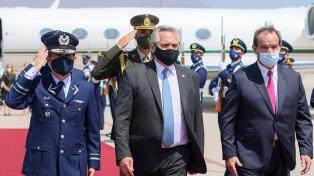 Presidente Alberto Fernandes viaja ao Chile com a meta de reforçar a relação bilateral