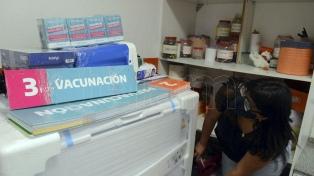 Equipan las escuelas para la vacunación masiva en territorio bonaerense