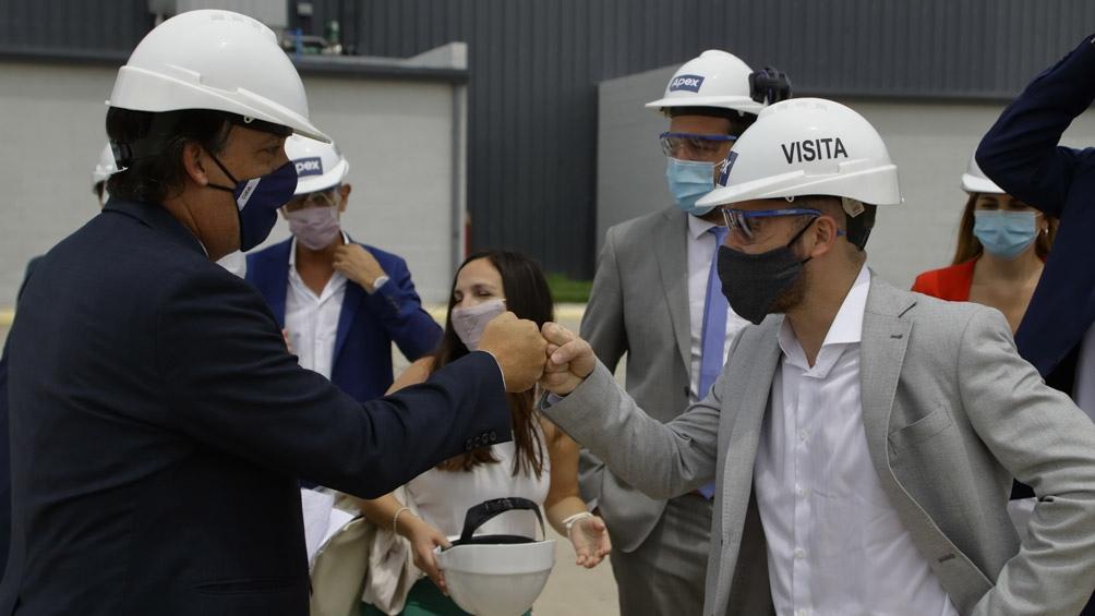 Guzmán recorrió empresas del Parque Industrial de Santa Rosa