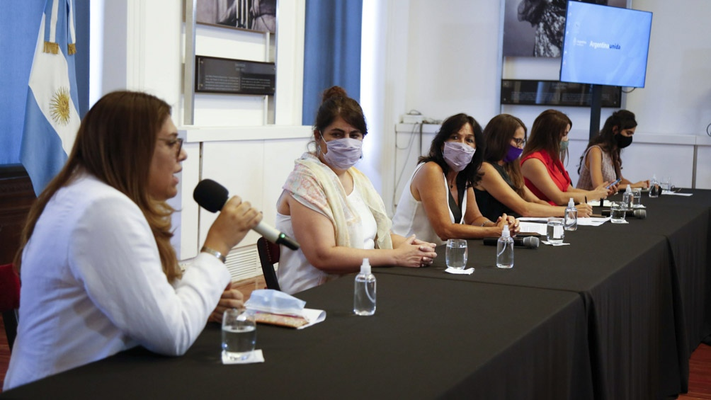 El cupo laboral en el sector público fue establecido por el presidente Alberto Fernández en el decreto 721/2020.