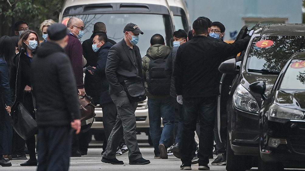 Los investigadores que trabajaron en Wuhan no descartan la posibilidad de que el virus haya llegado en carne congelada.