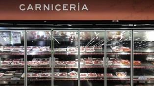 Comienza la oferta de cortes de carne vacuna y el Gobierno busca sumar frutas y verduras