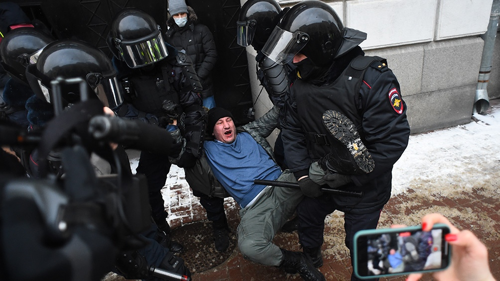 به گزارش اسپوتنیک ، دفتر ombudsman تنها 120 دستگیری در پایتخت را تأیید کرده است.